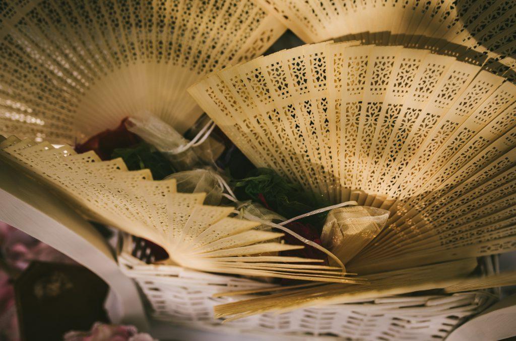 abanicos rincón cesta