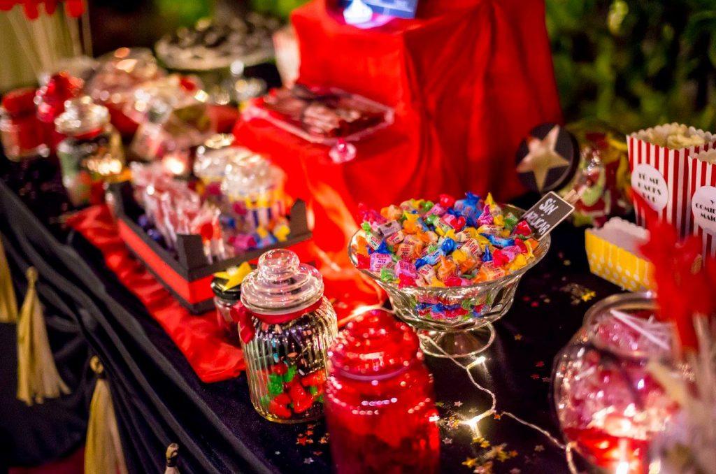 boda de cine candy bar mesa dulce rojo negro