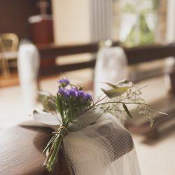 decoración bancos tul flores