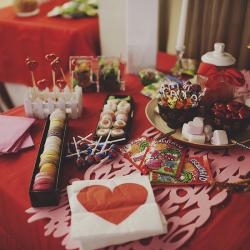 mesa dulce candy bar colorista inspiración asiática macarrons